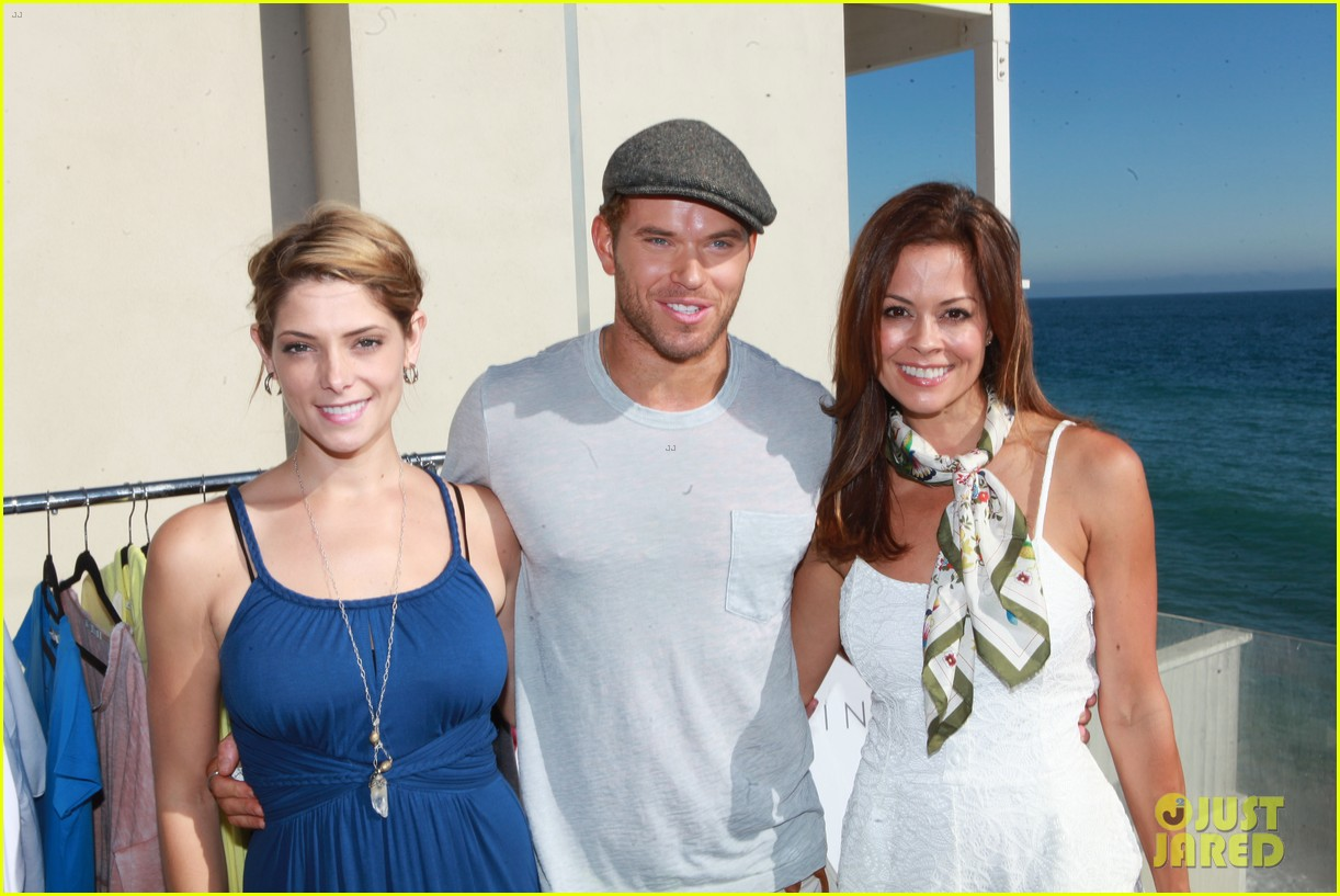 kellan lutz abbot main launch with ashley greene 102933394