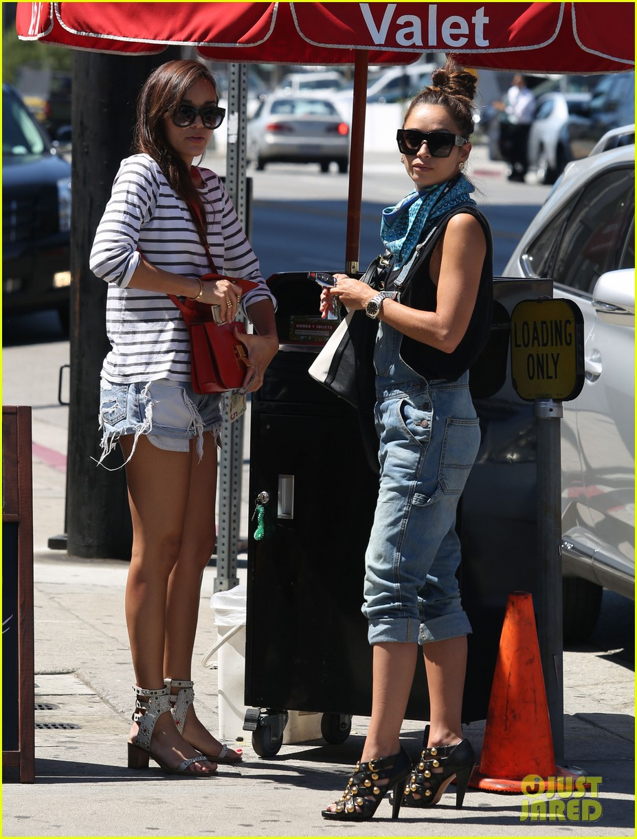 ashley madekwe cara santana izakaya lunch date 152940661