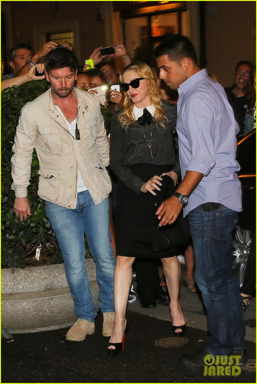 madonna hard candy fitness center visit in rome 012934611