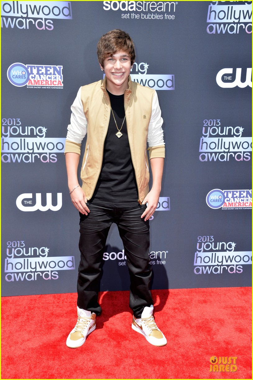 austin mahone becky g young hollywood awards 2013 red carpet 012921737