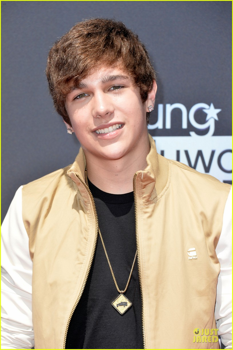 austin mahone becky g young hollywood awards 2013 red carpet 072921743