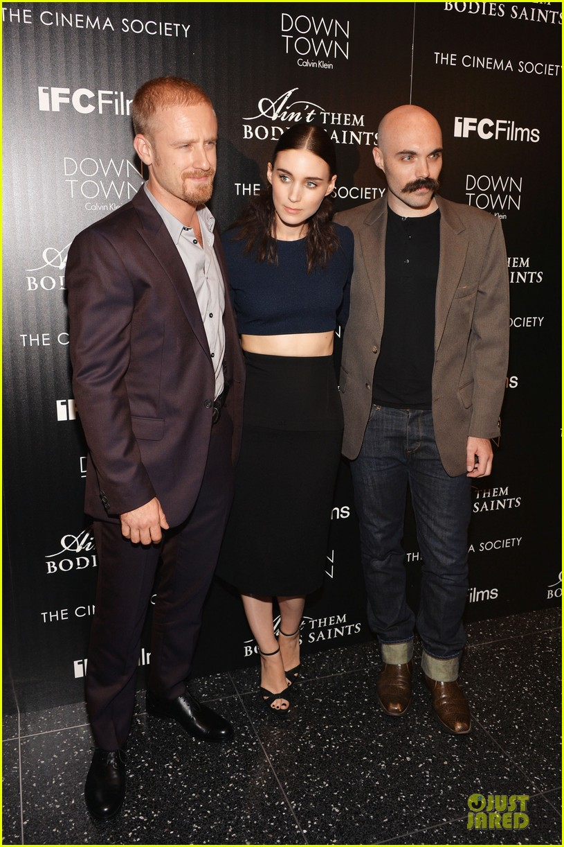 rooney mara bares midriff at aint them bodies saints screening 192929761