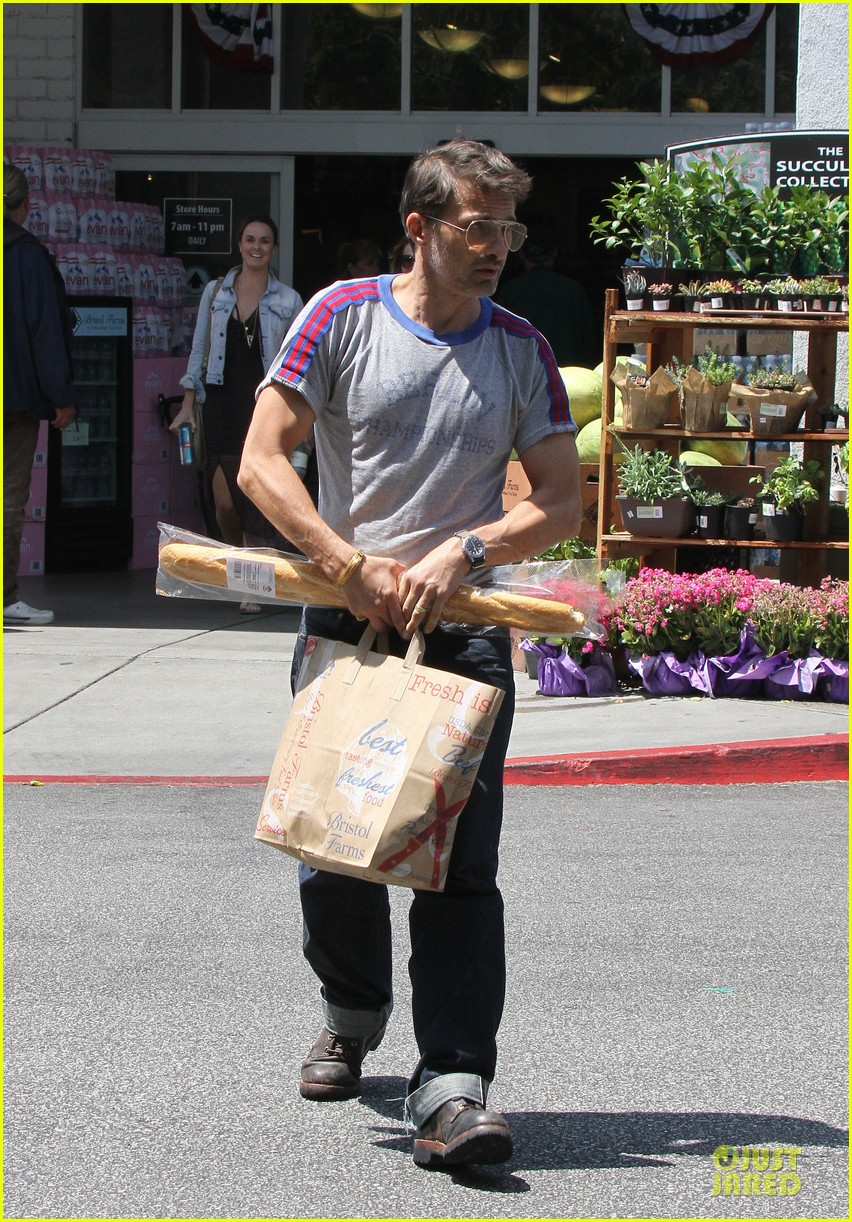 olivier martinez baguette craving after halle berry birthday 122931516