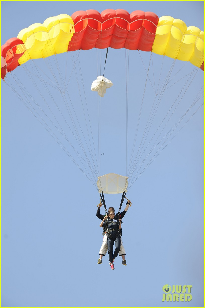 annalynne mccord josh henderson skydiving for a cause 022932431