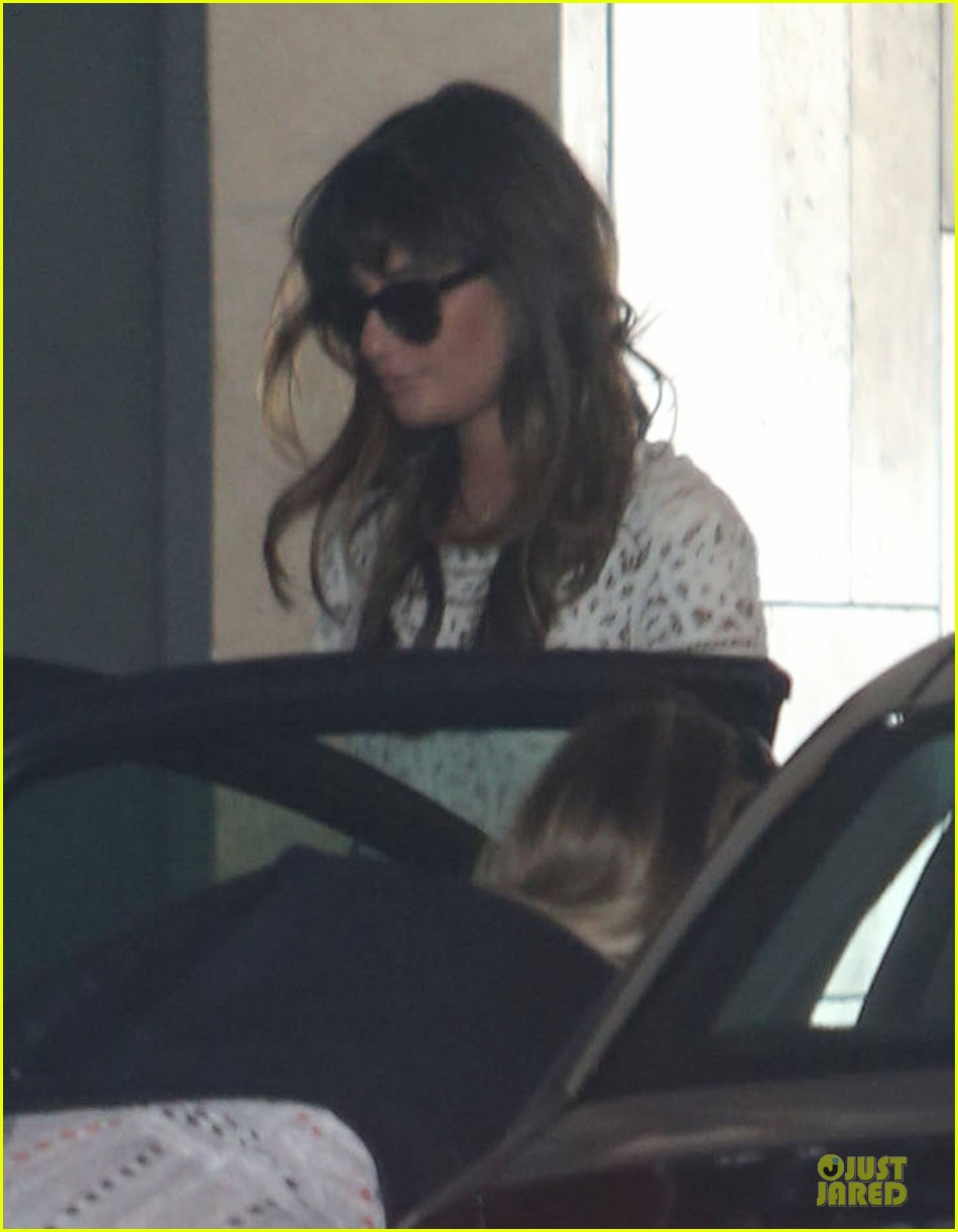 lea michele bravely steps out after cory monteith death 022922833