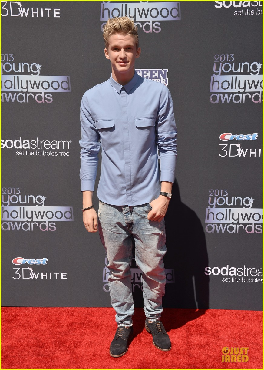 miguel cody simpson perform at young hollywood awards 072921887