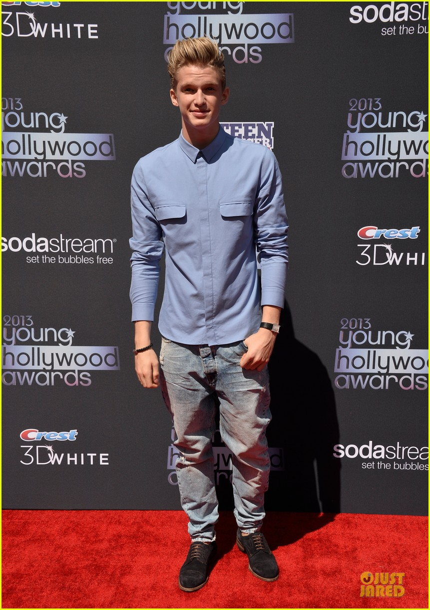 miguel cody simpson perform at young hollywood awards 082921888