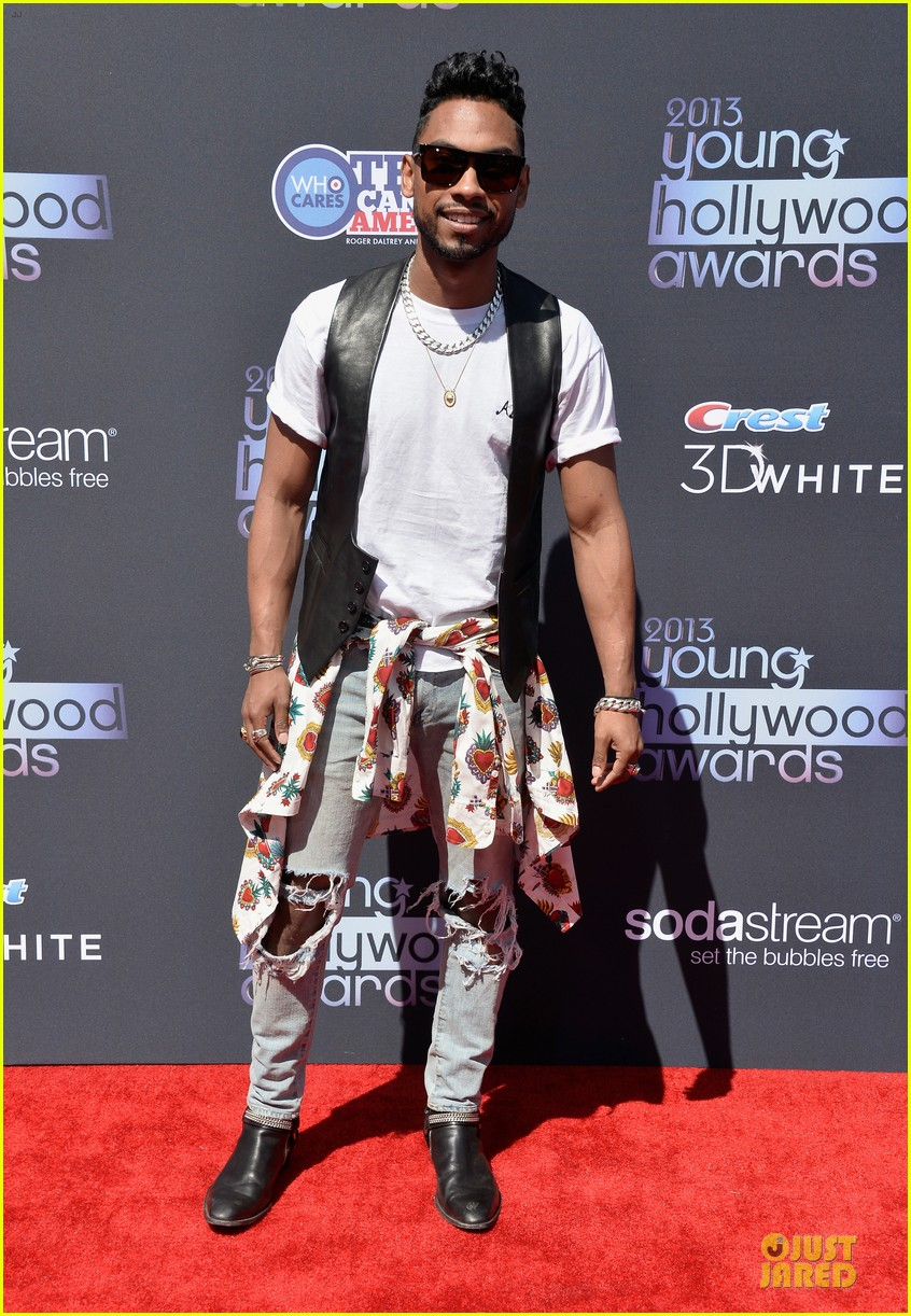 miguel cody simpson perform at young hollywood awards 102921890