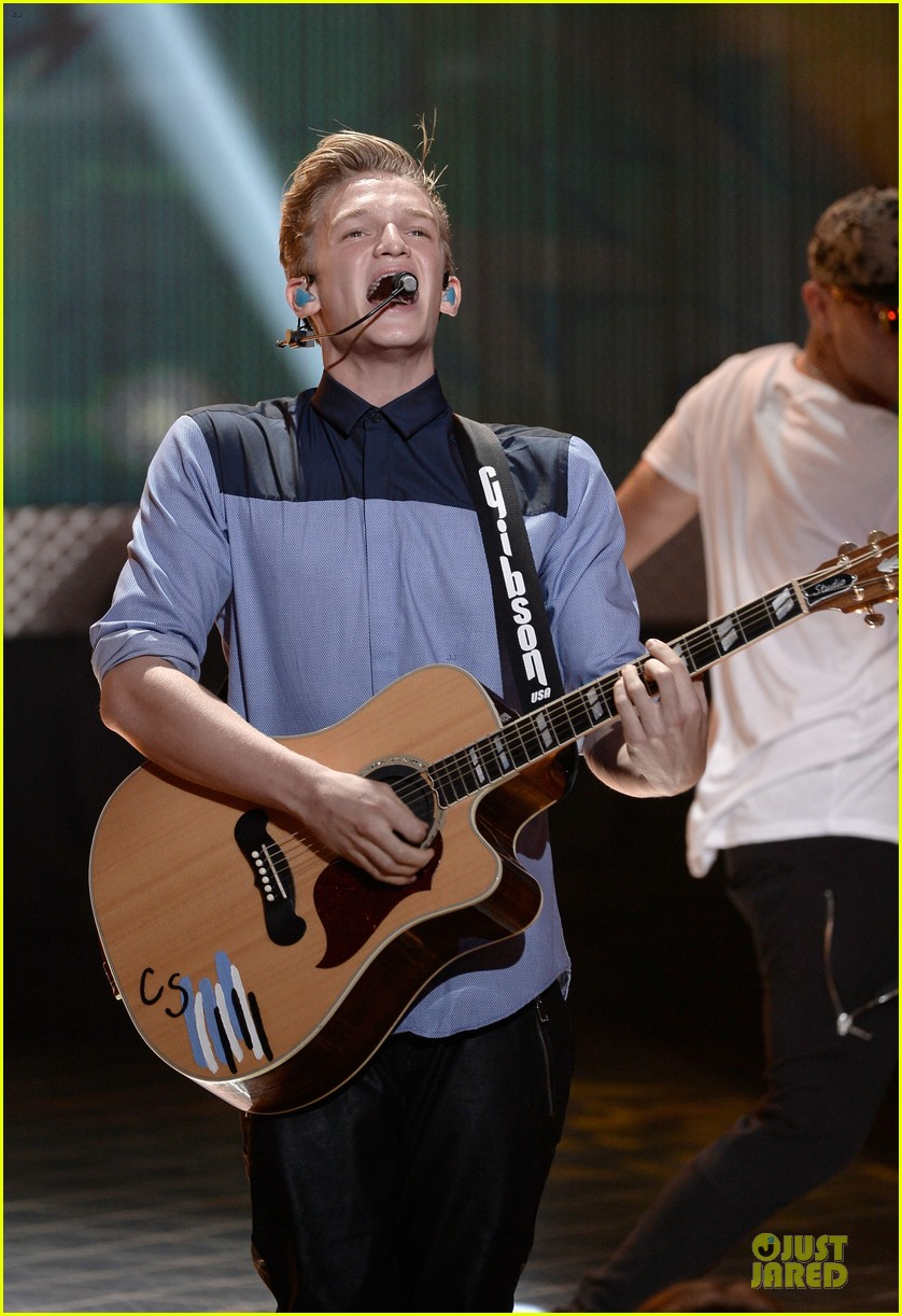 miguel cody simpson perform at young hollywood awards 202921900