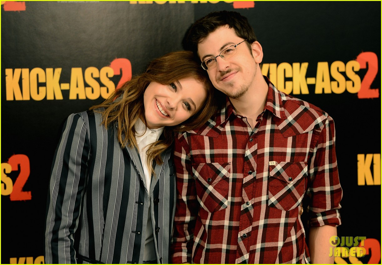 chloe moretz christopher mintz plasse kick ass 2 london photo call 022924040