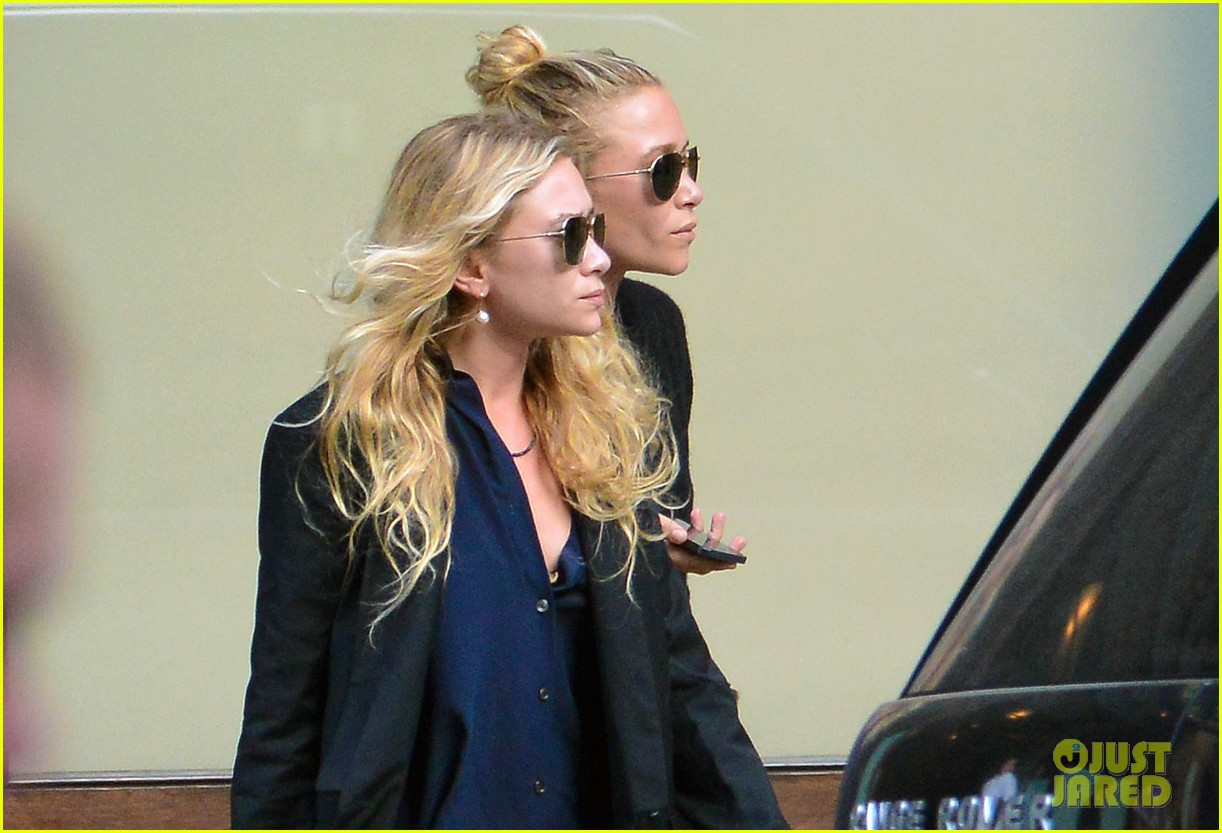 mary kate ashley olsen back in new york after noway trip 032929245