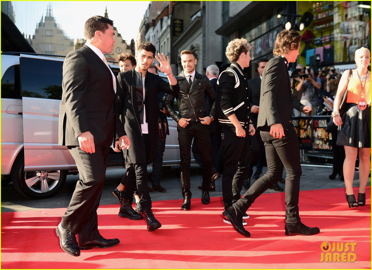 one direction this is us world premiere 082934026