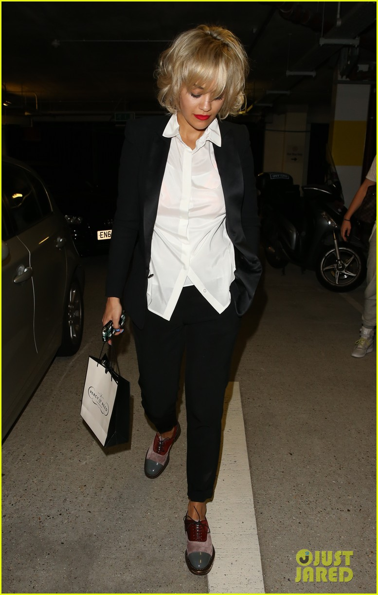 rita ora shows off new short hairdo at percy reed salon 052926574