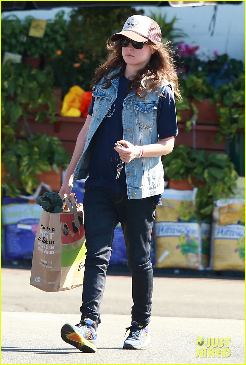 ellen page grocery shops after caution tape day 052926596
