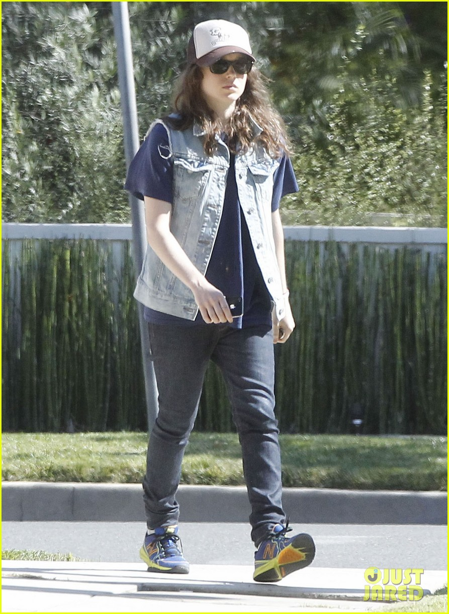 ellen page grocery shops after caution tape day 15