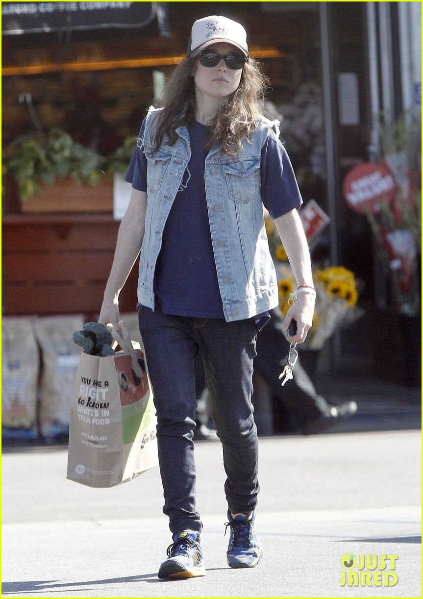 ellen page grocery shops after caution tape day 212926612