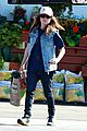 ellen page grocery shops after caution tape day 06