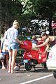 gwyneth paltrow apple moped to coffee shop 06