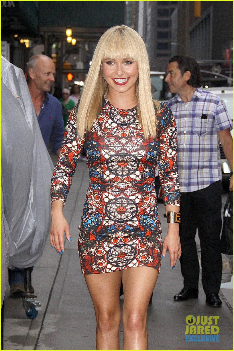 hayden panettiere debuts hot new bangs at letterman 10