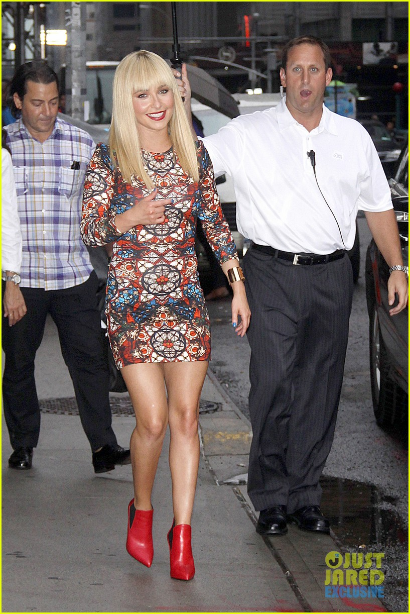 hayden panettiere debuts hot new bangs at letterman 142939504