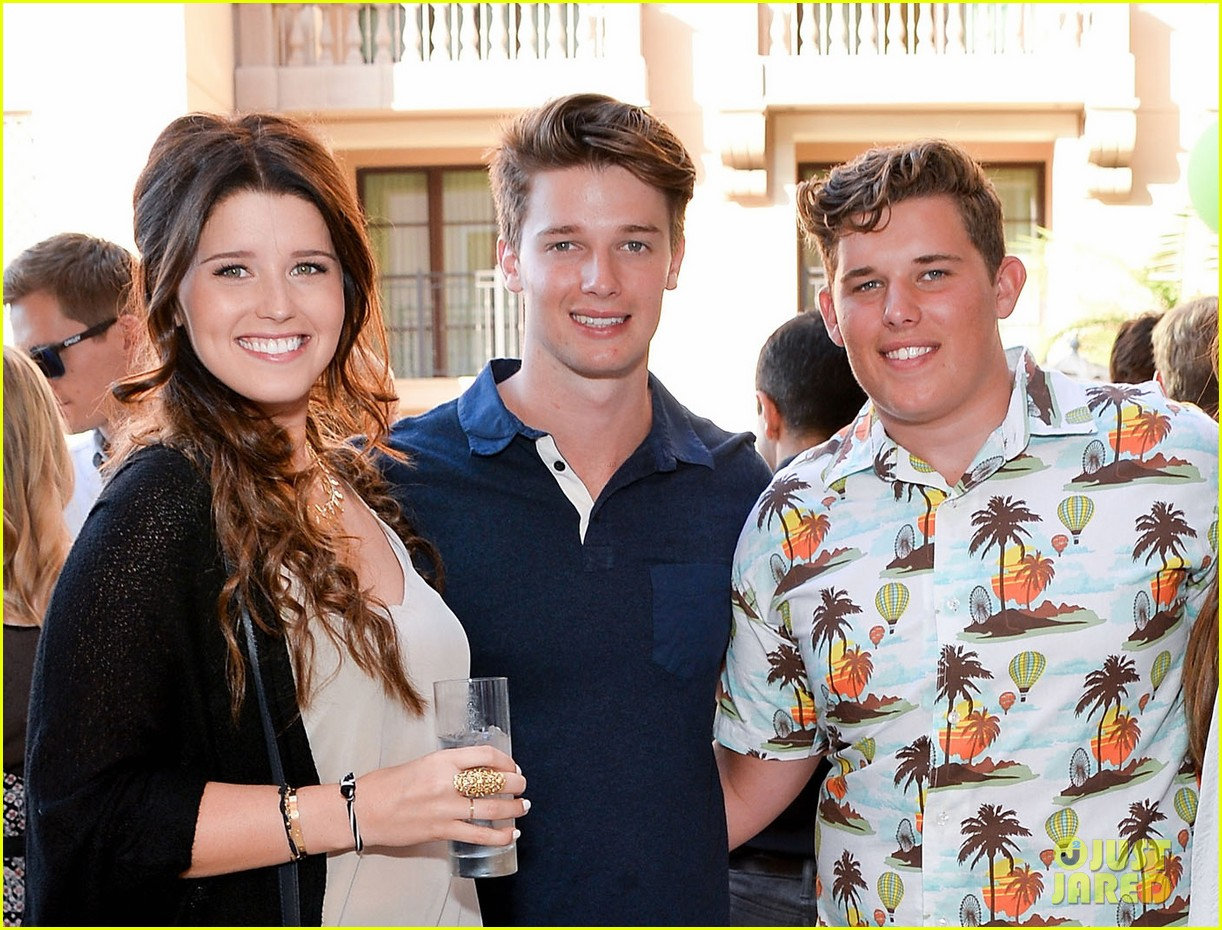 patrick schwarzenegger best buddies benefit with family 022933907