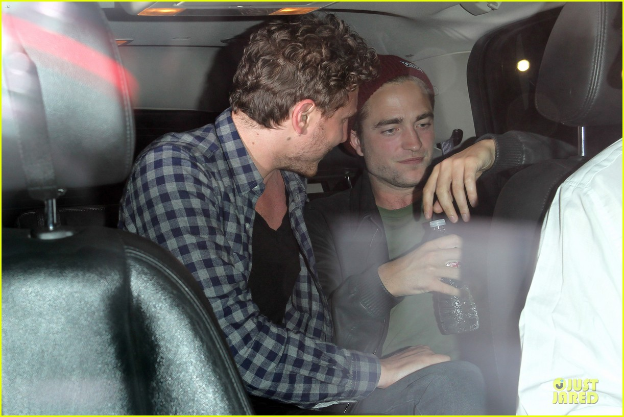 robert pattinson bobby long concert goer 18