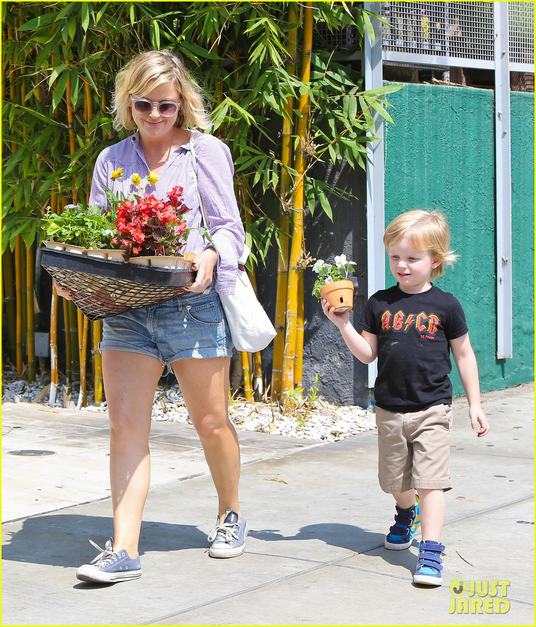 amy poehler gives advice to those scared of love 112927912