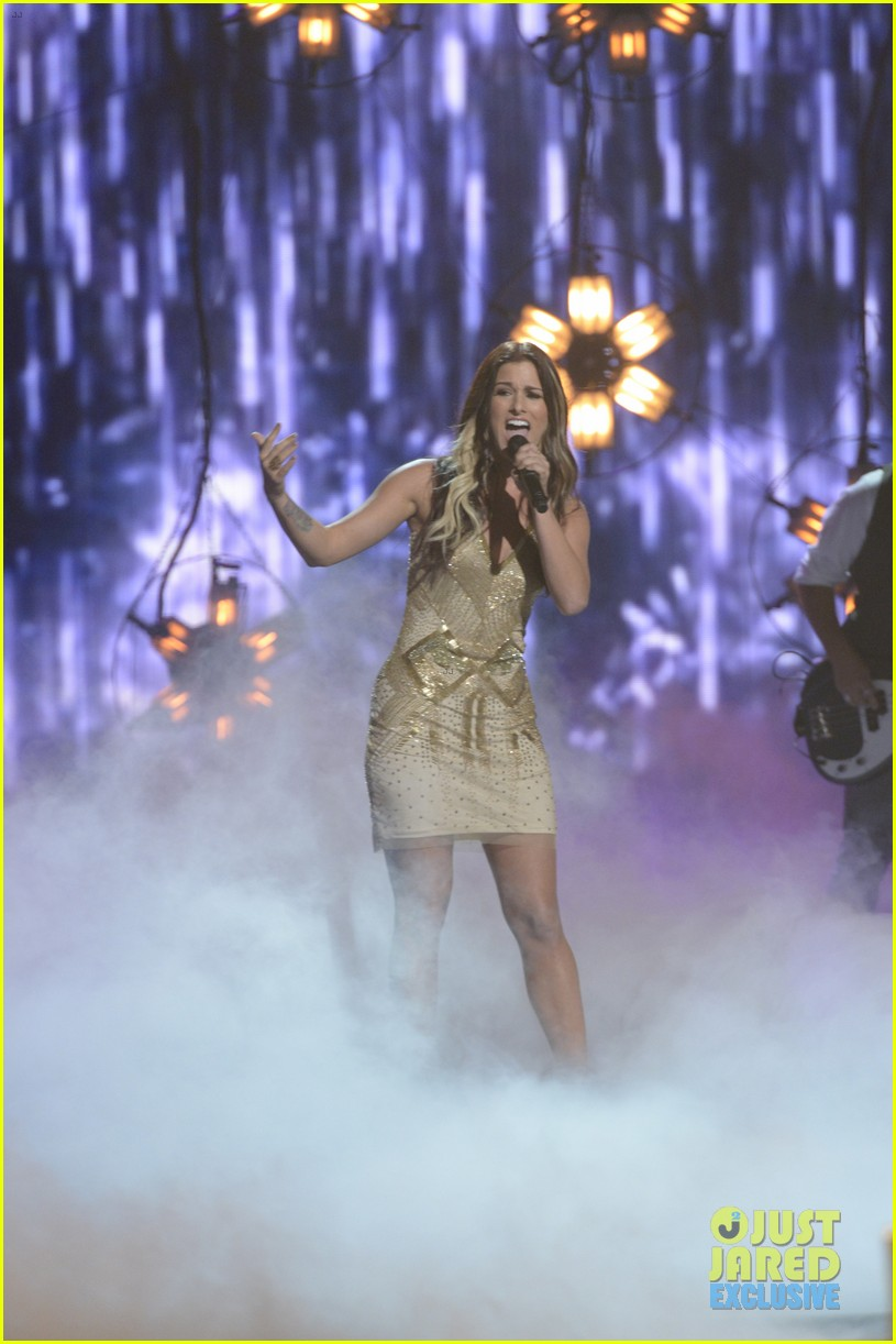 the voice cassadee pope performs on americas got talent 022939746