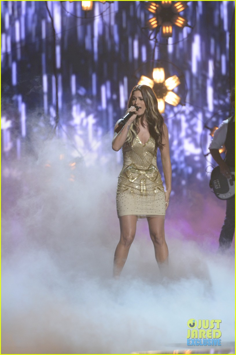 the voice cassadee pope performs on americas got talent 07