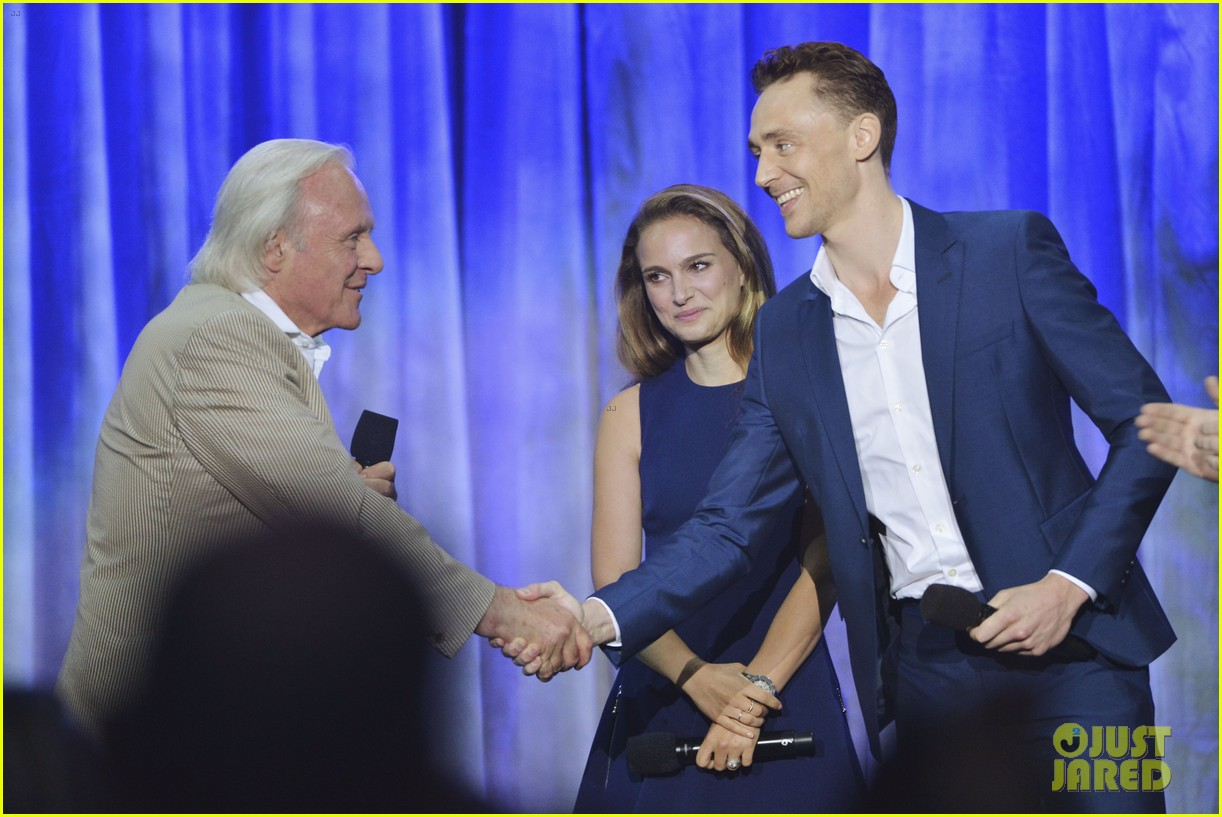 natalie portman tom hiddleston thor at disney d23 expo 15