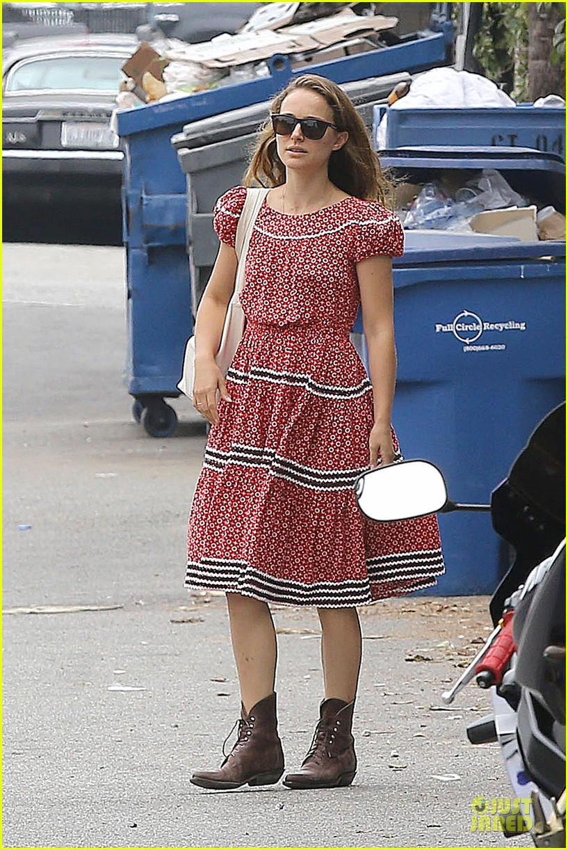 natalie portman benjamin millepied venice lunch with aleph 052931963