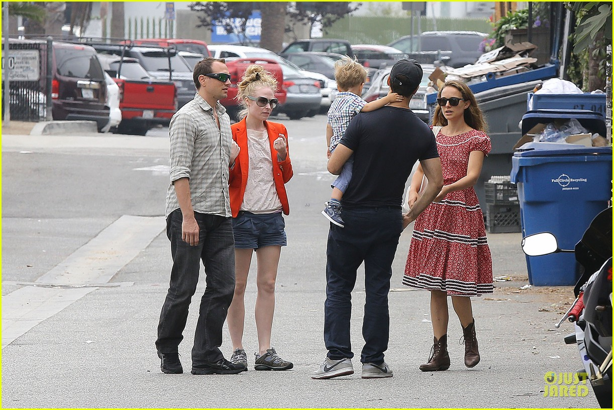 natalie portman benjamin millepied venice lunch with aleph 092931967