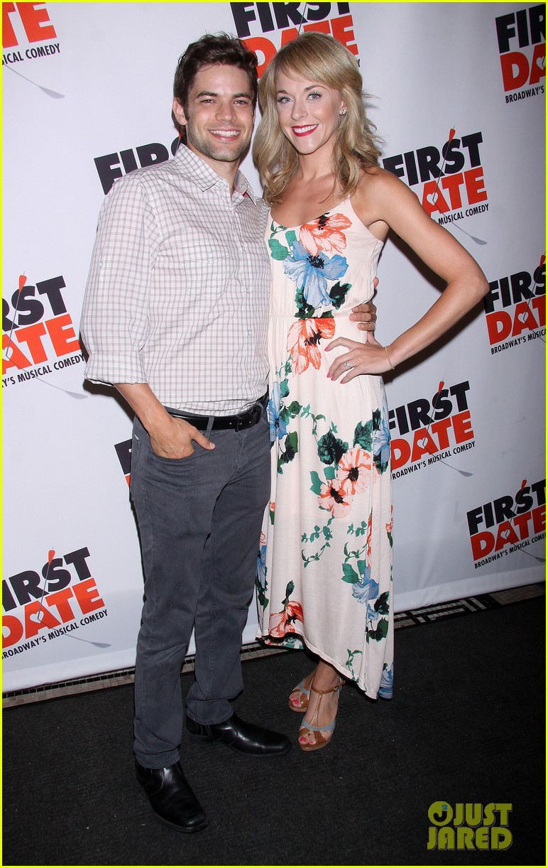 zachary quinto jeremy jordan first date opening night 012926303