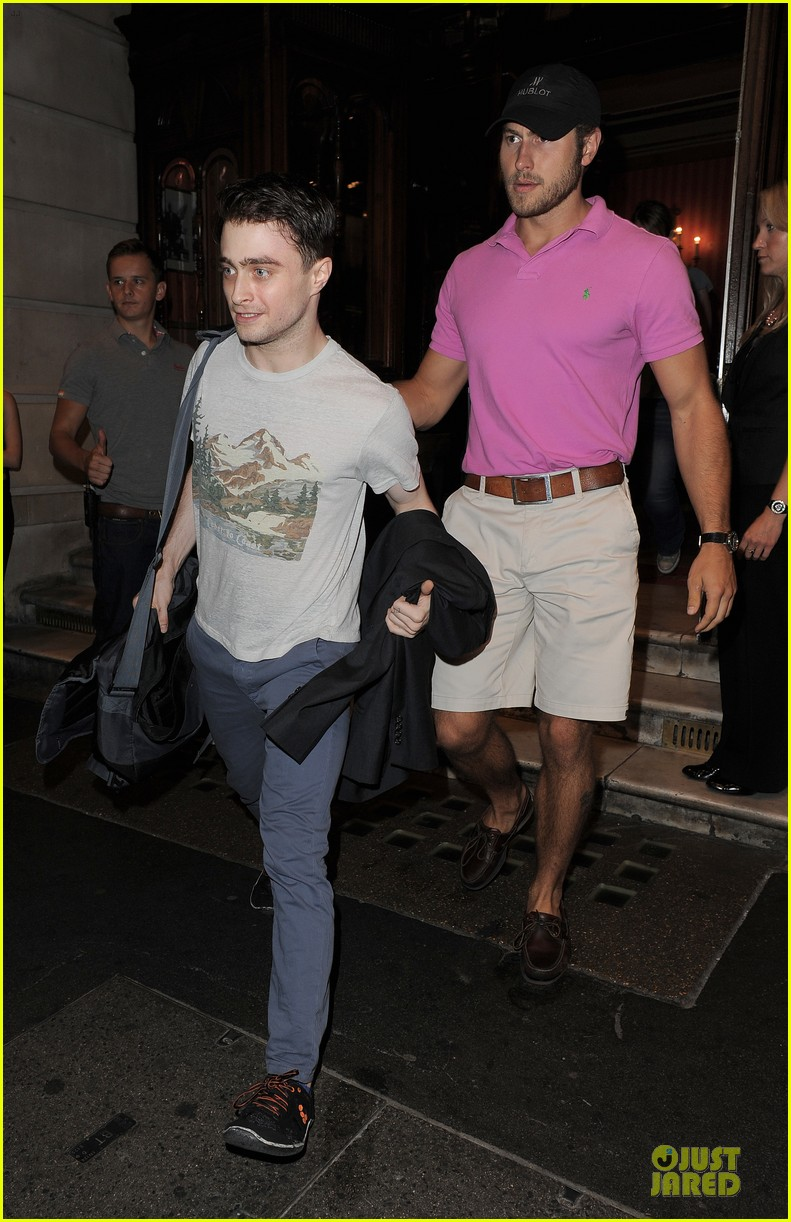 daniel radcliffe coast to coast for the cripple of inishmaan 102931526