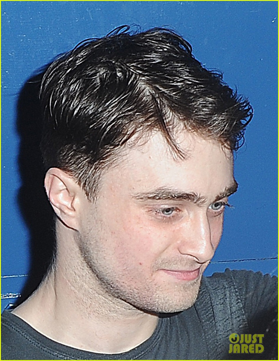 daniel radcliffe is a standup comic says juno temple 042926281