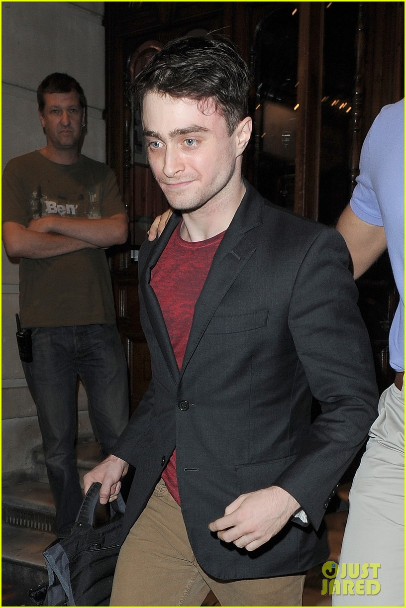 daniel radcliffe is a standup comic says juno temple 202926297