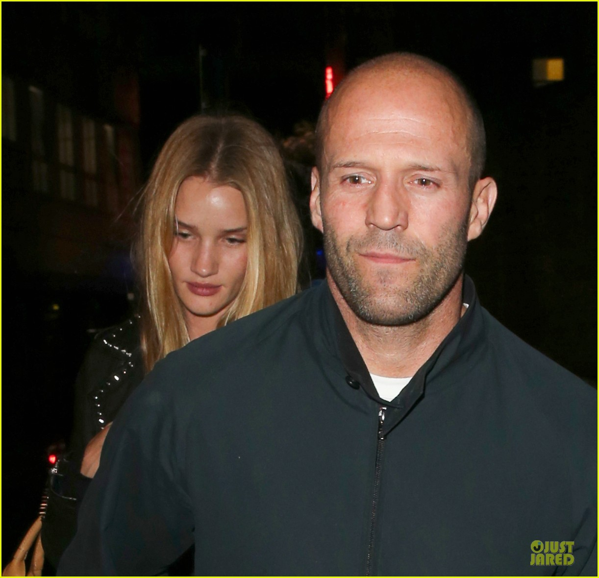 rosie huntington whiteley jason statham hold hands after london dinner 04