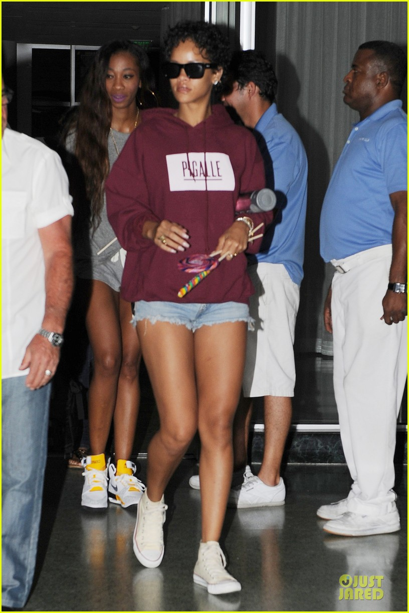rihanna sports american flag for miami outing 012928337