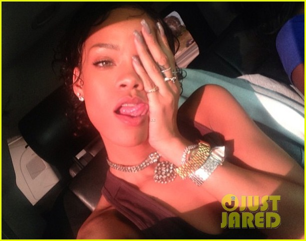 rihanna still getting used to my new hair 022922216