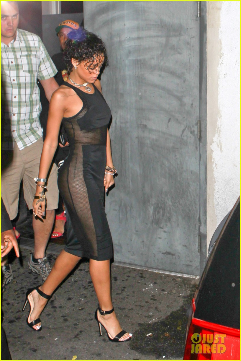 rihanna still getting used to my new hair 062922220