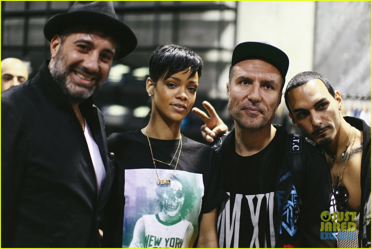 rihanna rocks mullet hairstyle for giorgio baldi dinner 03