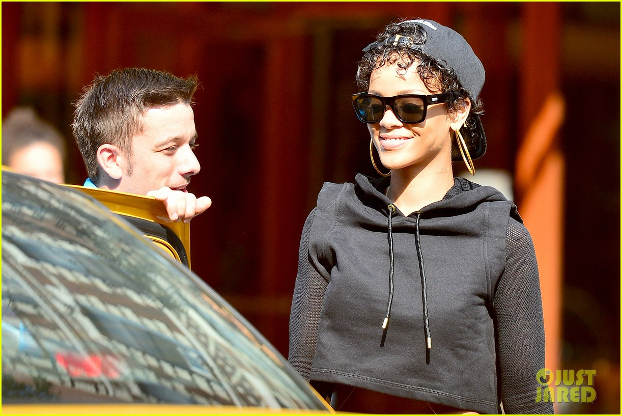 rihanna hails a cab in new york city 112929610