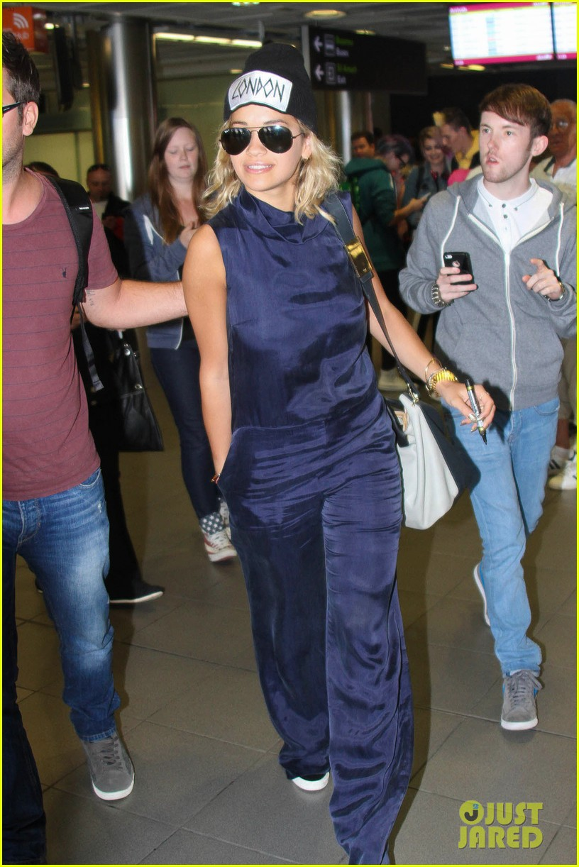 rita ora fan friendly dublin arrival before lytham proms festival 08