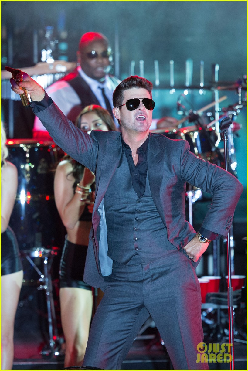 robin thicke files lawsuit to protect blurred lines 062932774