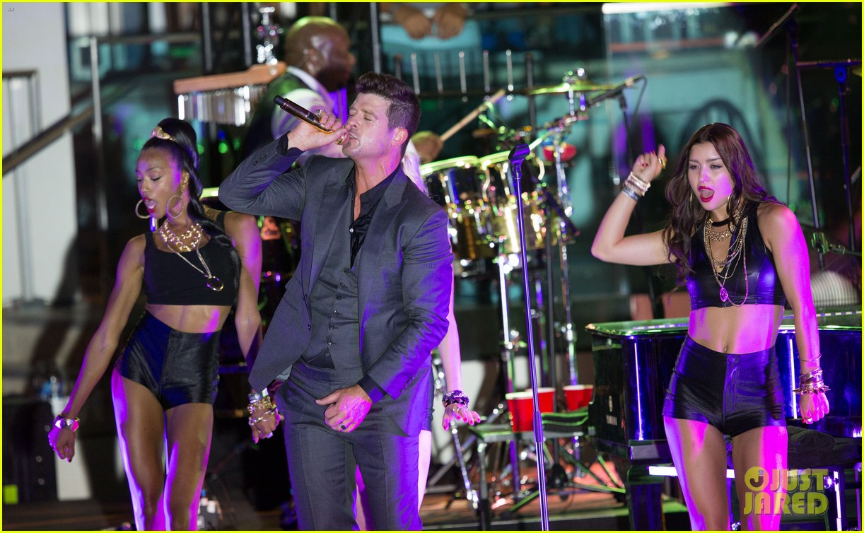 robin thicke files lawsuit to protect blurred lines 072932775