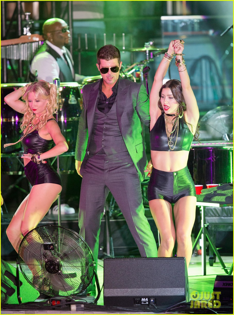 robin thicke files lawsuit to protect blurred lines 082932776