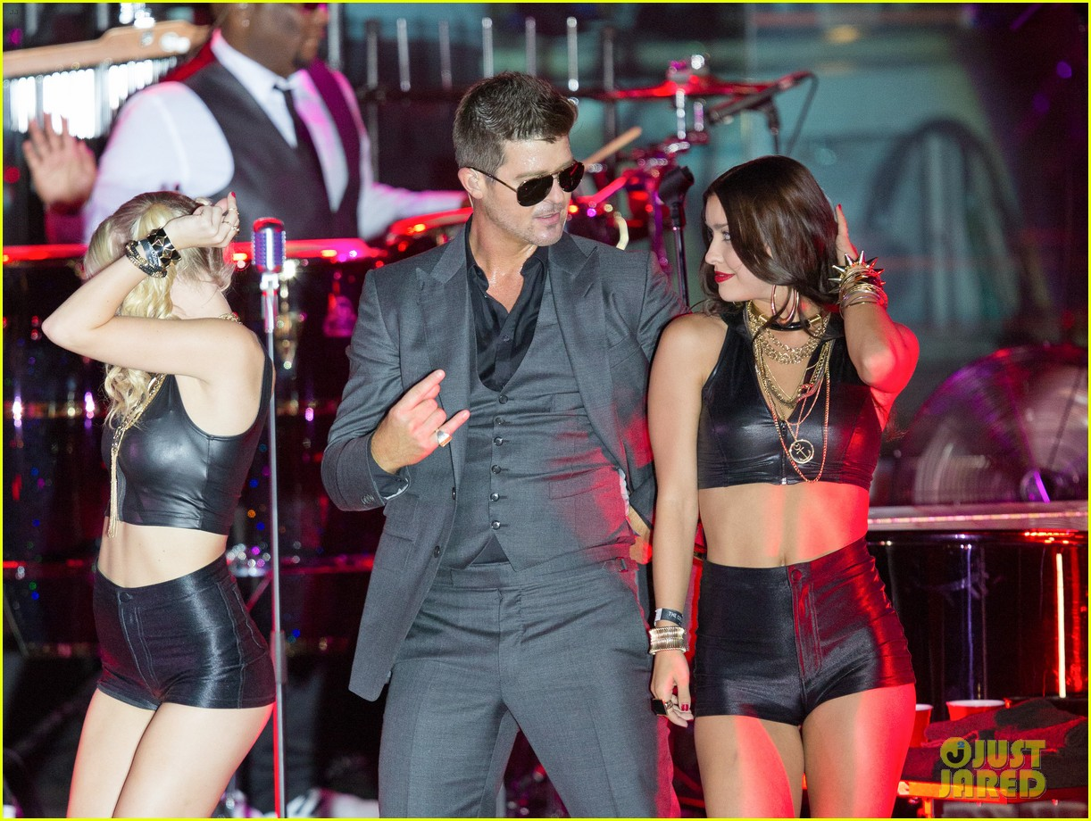robin thicke files lawsuit to protect blurred lines 192932787