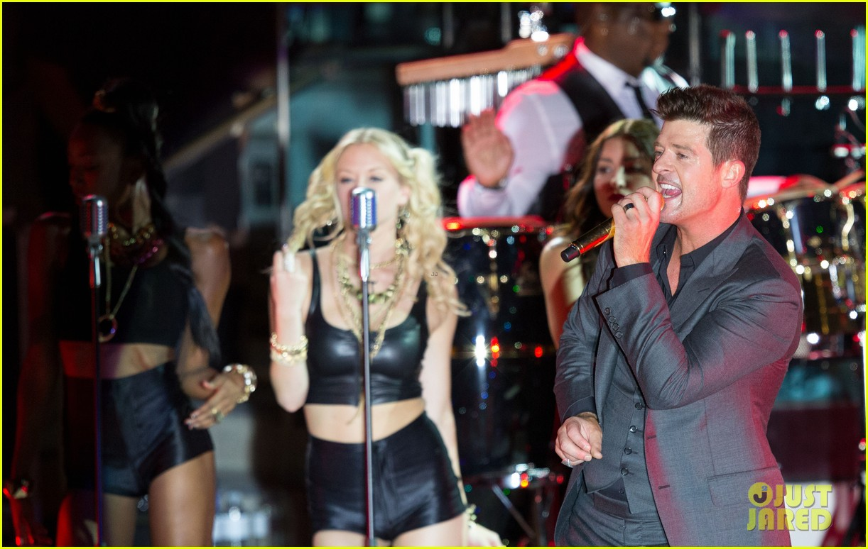 robin thicke files lawsuit to protect blurred lines 282932796