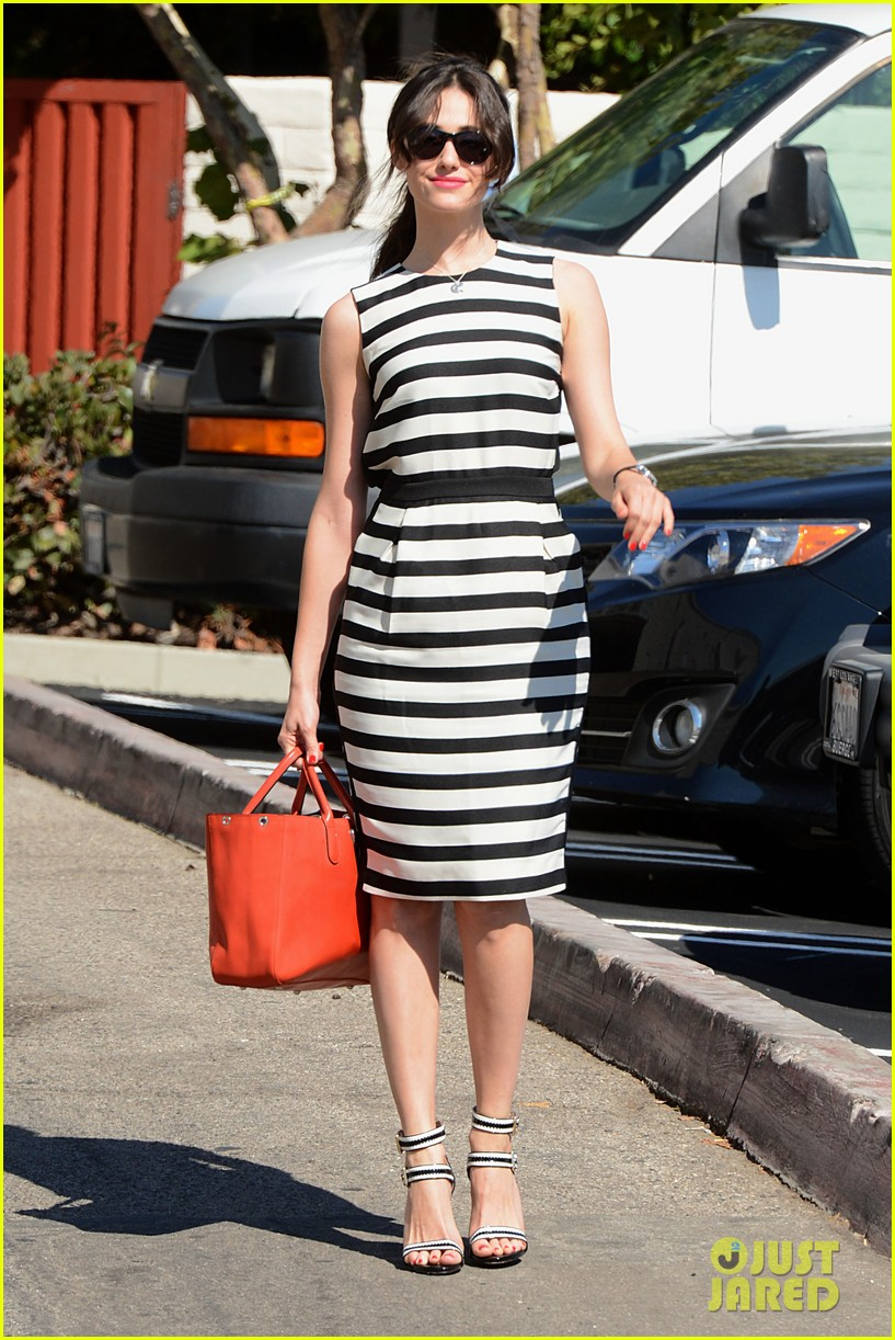 emmy rossum shows her stripes in brentwood 082926635