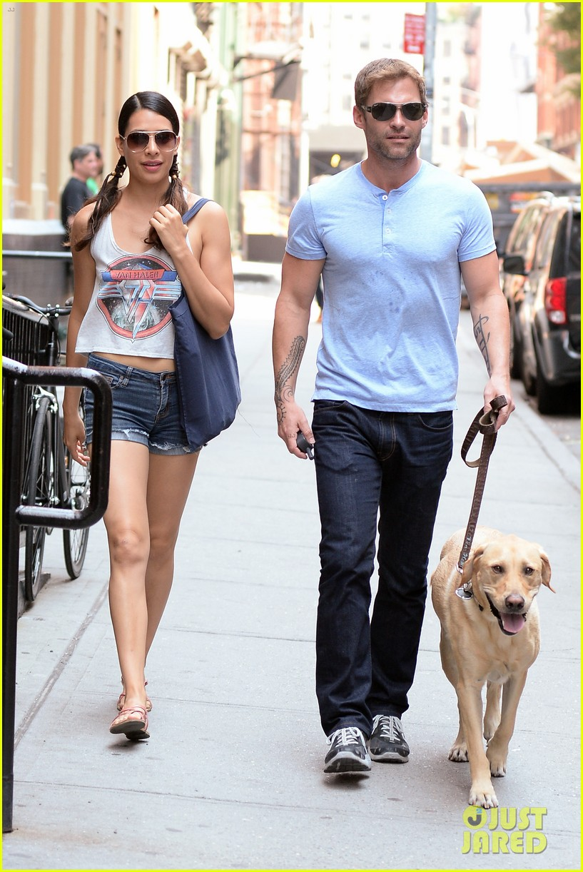 seann william scott looking super buff in new york city 072938346